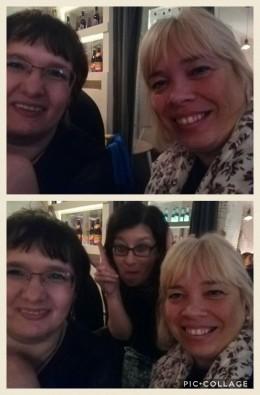 Selfie mit Patricia Keßler und als Witzbold des Abends Gabriella Englmann im Hintergrund